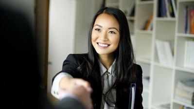 Femme entretien embauche large 2e16d0ba fill 960x540